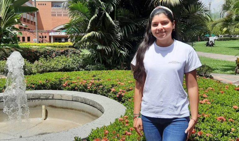 Paula Andrea Castañeda Quintero, estudiante del programa de Administración Ambiental de la UAO.