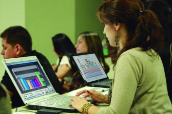 Conoce la oferta de cursos de posgrado de la Facultad de Ciencias Administrativas